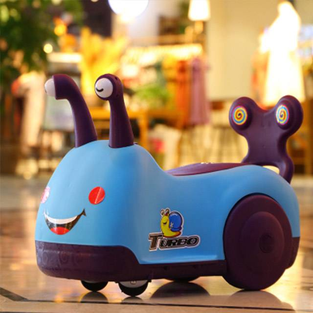 SNAIL RIDE ON Children's 1-3 YRS Four-wheel Music Scooter Vehicle Toy (Model:SNAIL521)