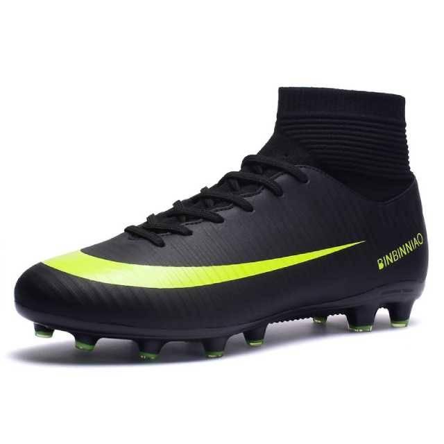 WOW SPORTS Football Shoes Long Nail, Black (1818)