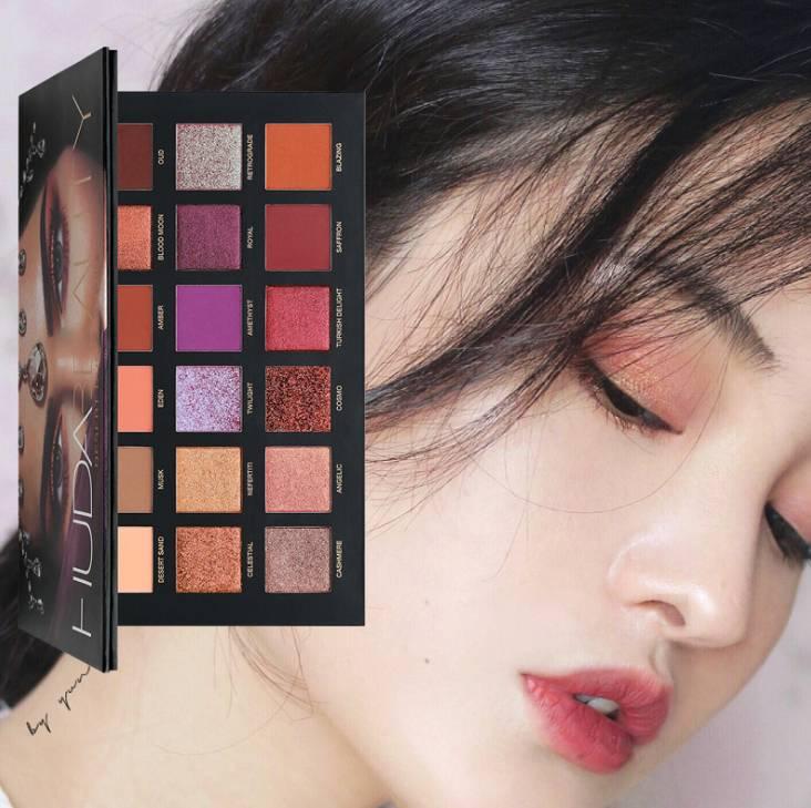 HUDA BEAUTY 18 Color Desert Dusk Eyeshadow Palette Makeup (Model: 508ED)